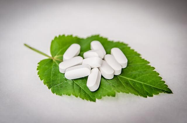 葉酸を過剰摂取したときの副作用について
